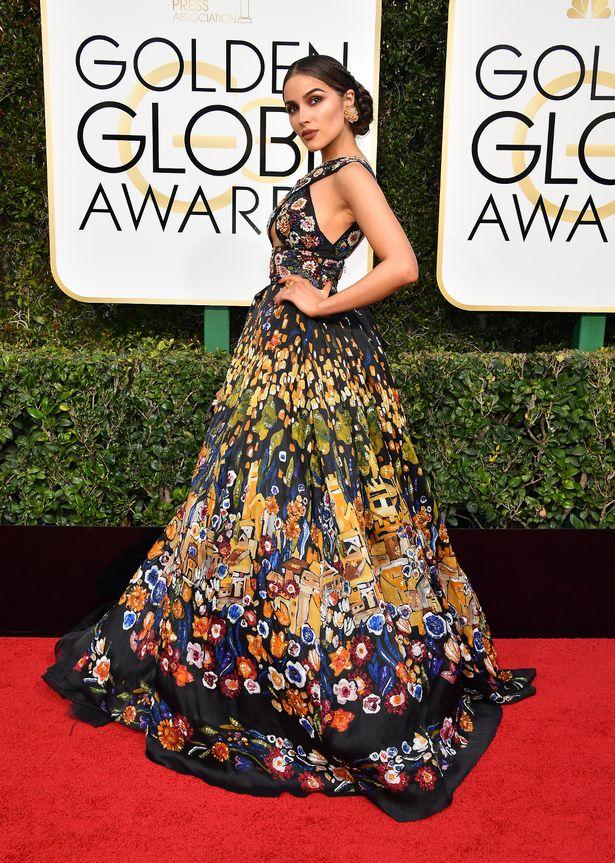 Olivia Culpo Golden Globes 2017