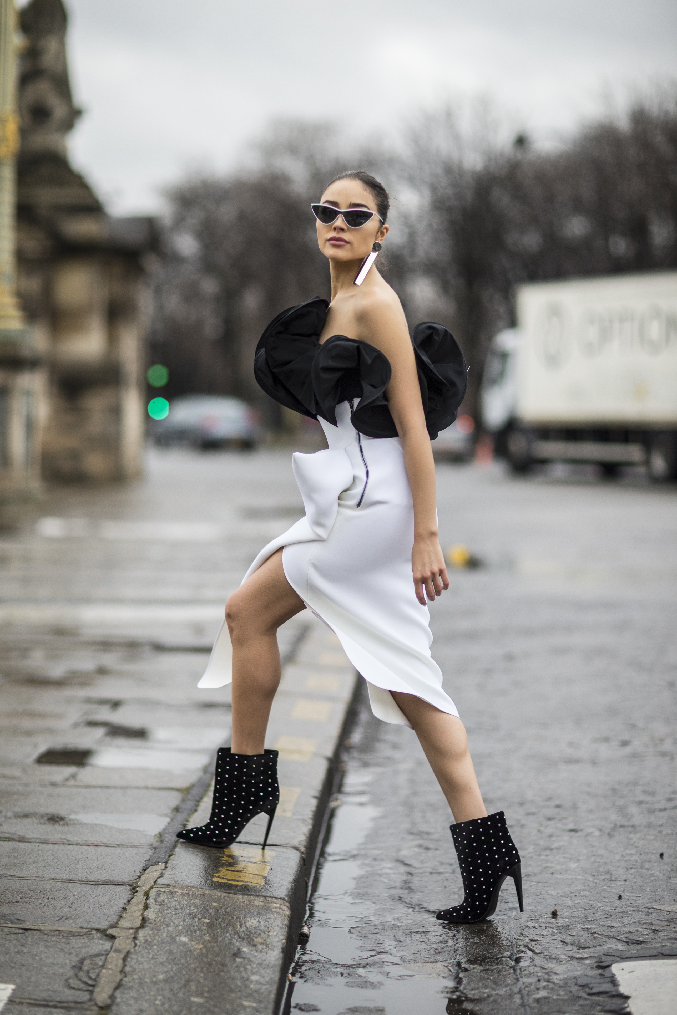 Olivia Culpo Paris Fashion Week Osman