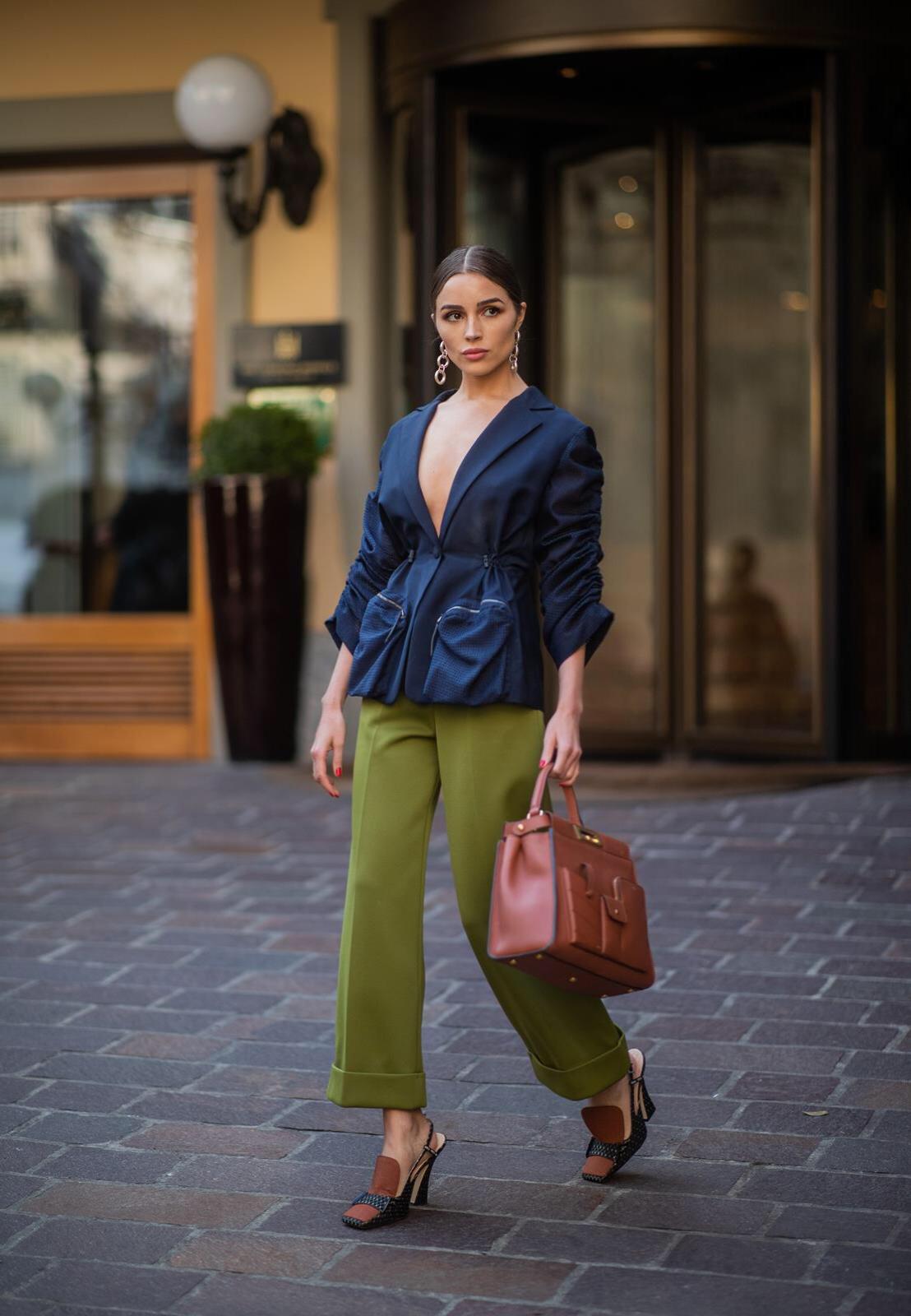 Olivia Culpo Fashion Week Fendi Paris